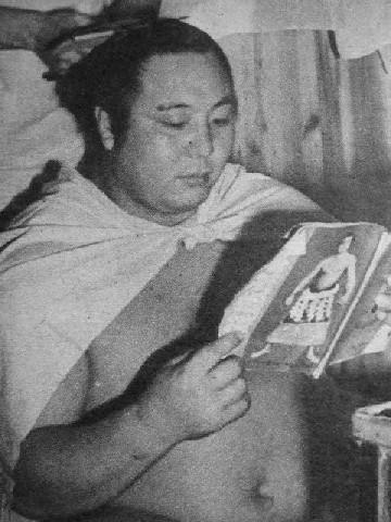 Sumo wrestler Yoshibayama Junnosuke.